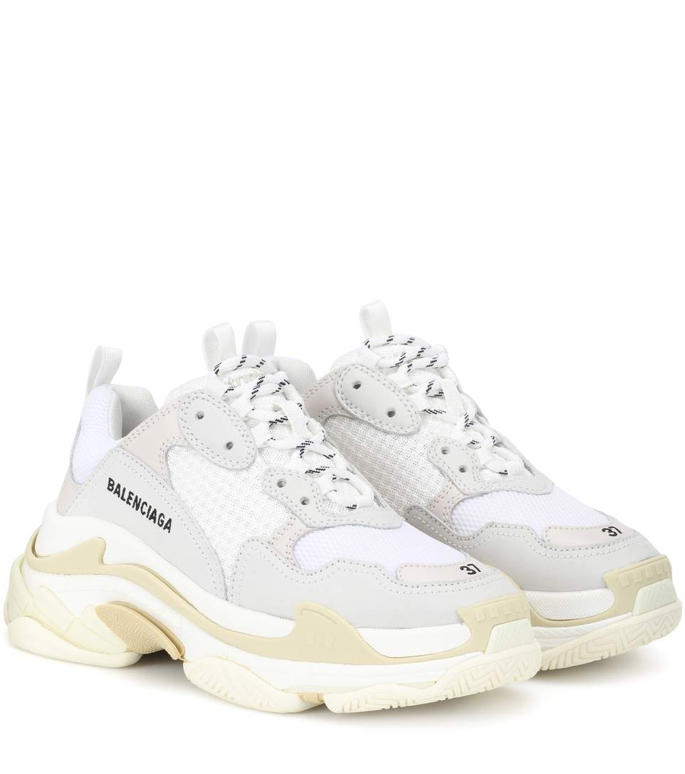 Balenciaga triple s bianche: le sneakers simili ma low cost