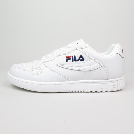 www.stefanomassini.it/images/shoes/fila-009xup.jpg
